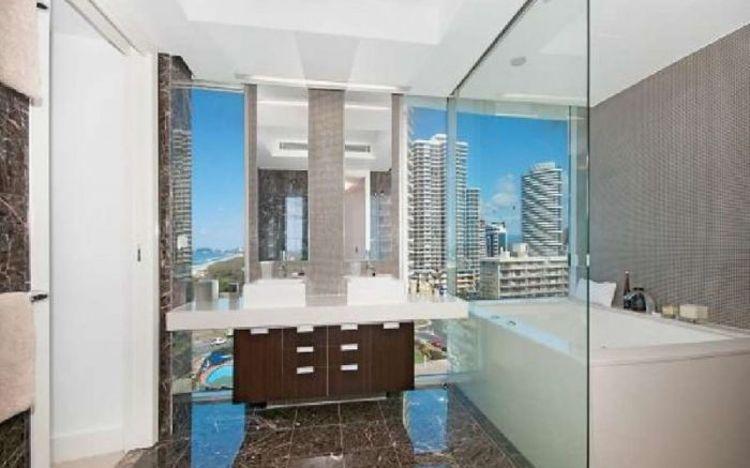 'Waterline' stunner 1/2 floor - Unit 14/59 Broadbeach Boulevard